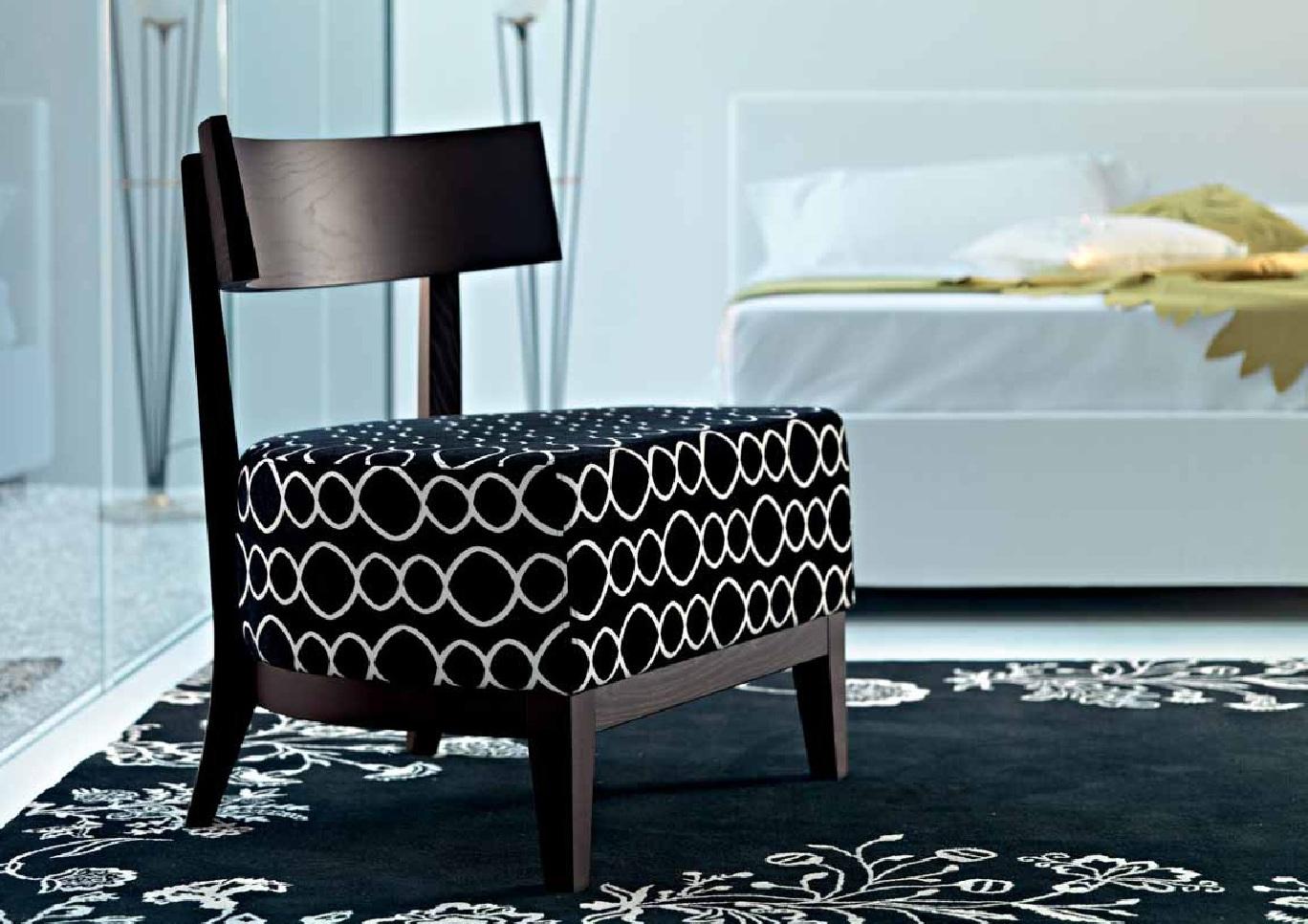כורסא מעוצבת דגם שח