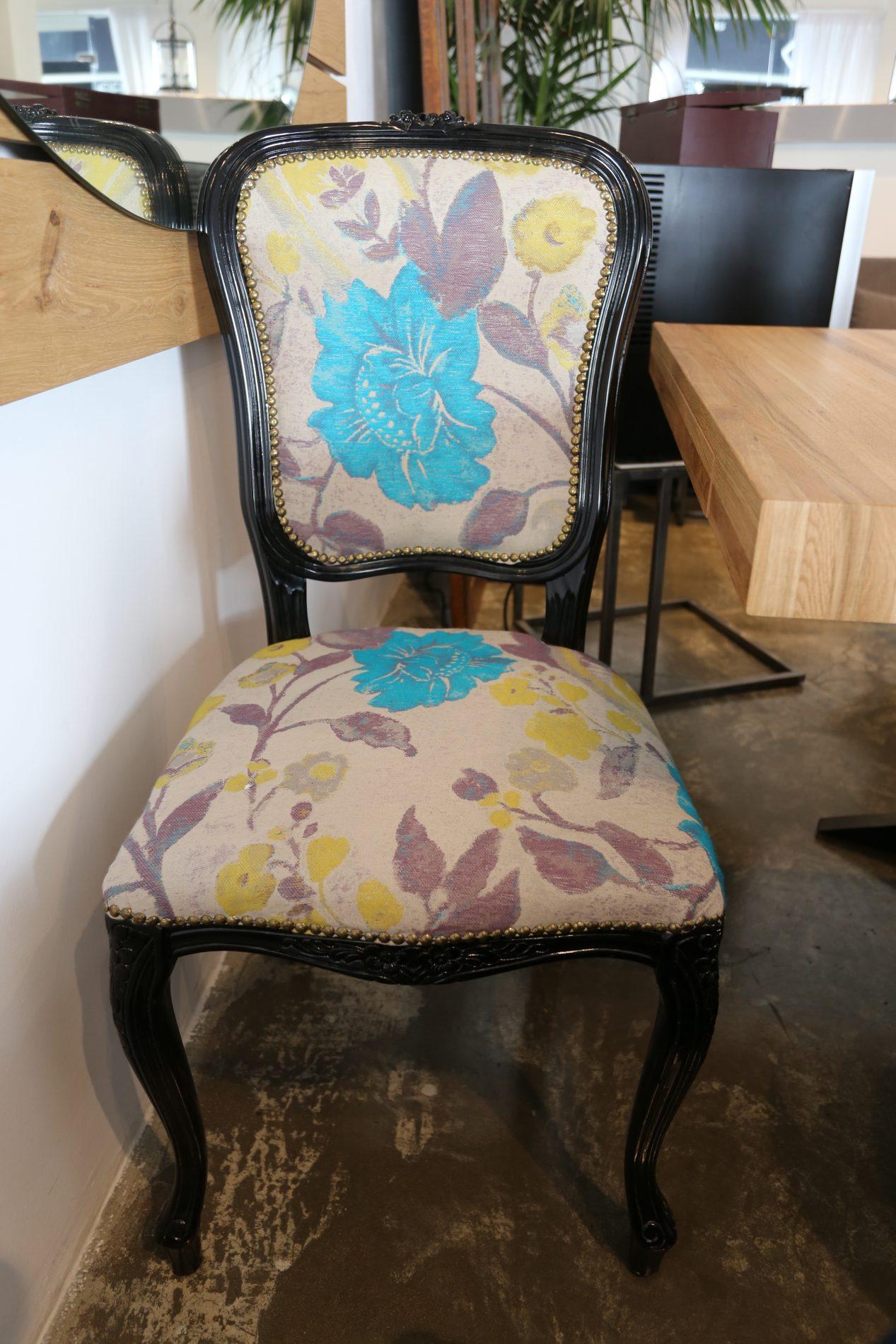 למכירה מתצוגה כסא לואי מעוצב